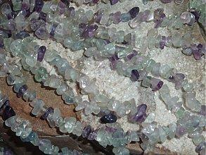 Minerály - Fluorit - zlomky  - 3905565_