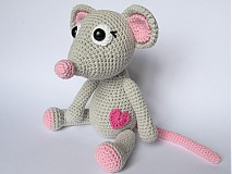 - Háčkovaná zaľúbená myška - návod - 3930724_