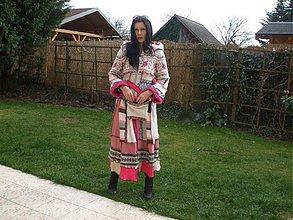 Kabáty - šipkova ružena - 4084954_