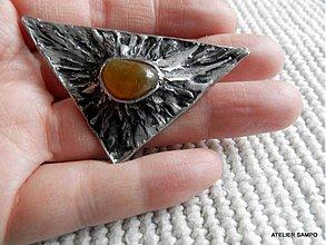 Odznaky/Brošne - autorský šperk Helga -BROŠŇOPRÍVESOK- Sopka - 4094446_