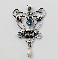 Náhrdelníky - Art nouveau inspired pendant - 4673301_