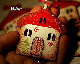 Dekorácie - Vianočná ozdoba Chalúpka zasnežená... - 4728684_