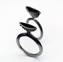 Prstene - Strange pose I - 4821100_