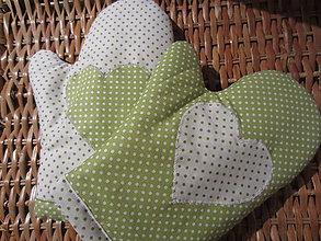Úžitkový textil - rukavica v zelenom - 4895148_