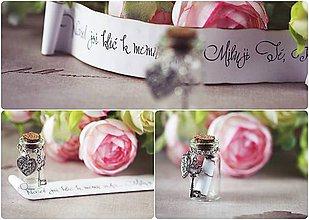 Dekorácie - valentýnské přání v lahvičce - klíč k mému srdci - 4989955_