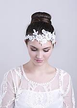 Čelenky - Svadobná čipková čelenka s perličkami - 5066529_