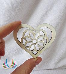Polotovary - Drevené srdce s margarétou, ihneď - 5226195_