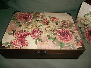 Krabičky - babičkine ruže... - 5232335_