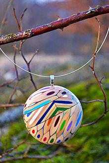 Náhrdelníky - Okrúhly náhrdelík z farbičiek - 5275057_