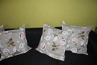 Úžitkový textil - kvetovaný vankúš - 5460799_
