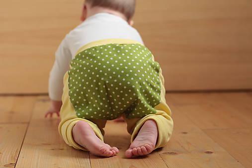 Nohavice pre malých lezúňov