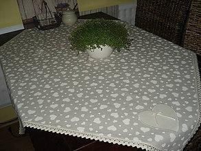 Úžitkový textil - srdieckovy obrus 2 - 5599994_