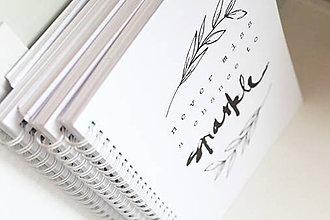Papiernictvo - Zápisník // A5 s citátom {1} - 5636254_