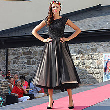 Šaty - Tylové spoločenské šaty vo vintage štýle Zľava 30% - 5840886_