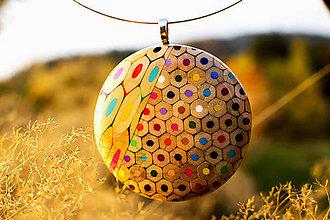Náhrdelníky - Náhrdelník z farbičiek - 5964006_