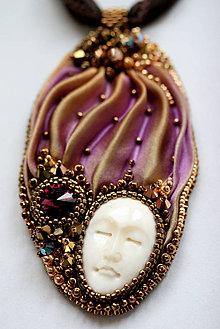 Náhrdelníky - Rusty Amethyst vyšívaný hodvábny náhrdelník O.O.A.K. - 6075015_