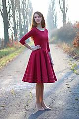 Šaty - Vínovo červené so saténom - 6131059_