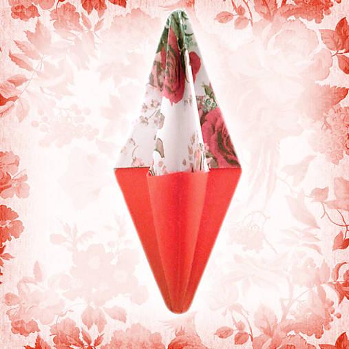 Vianočný špic kvetový červený NA ZÁKAZKU, vianočné rakety, vintage vianočné ozdoby, vianočné dekorácie z papiera, vianočné origami, tvorenie z papiera, kvety, kvetové ozdoby, vianočný špic, vianočné dekorácie