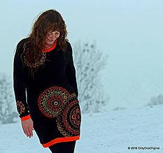 Šaty - Šaty úpletové, maľované, šité VEČERNICA - 6343324_