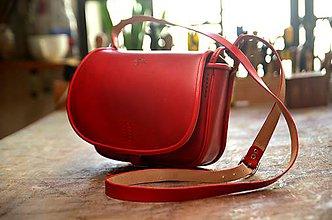 Kabelky - RED SEX kožená lovecká kabelka s lemom - 6365224_