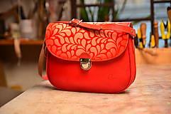 Kabelky - Červená kožená kabelka s paspulou vzorovaná - 6428110_