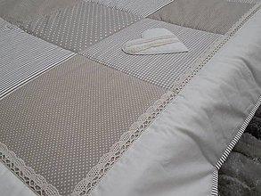 Úžitkový textil - vintage prehoz na posteľ s krajkou 220 x 220cm - 6459397_