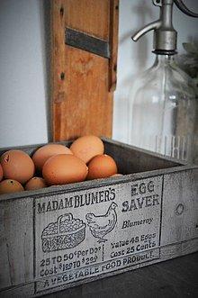 Nábytok - Keď vajíčka potrebujú debničku... - 6508785_