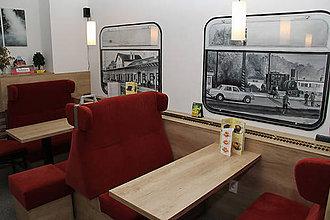 Obrazy - Maľované okná vlaku železničná stanica Trnava - 6604649_