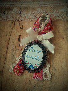 Darčeky pre svadobčanov - Brošnička na svadobné pierko pre Otca nevesty - 6725865_