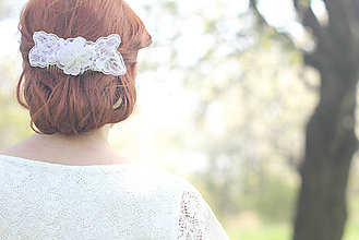 Ozdoby do vlasov - Svadobný hrebienok vintage čipkové kvety - 6809422_