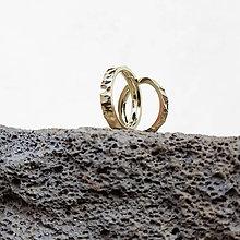 Prstene - Creasing hammer wedding bands - 6904027_